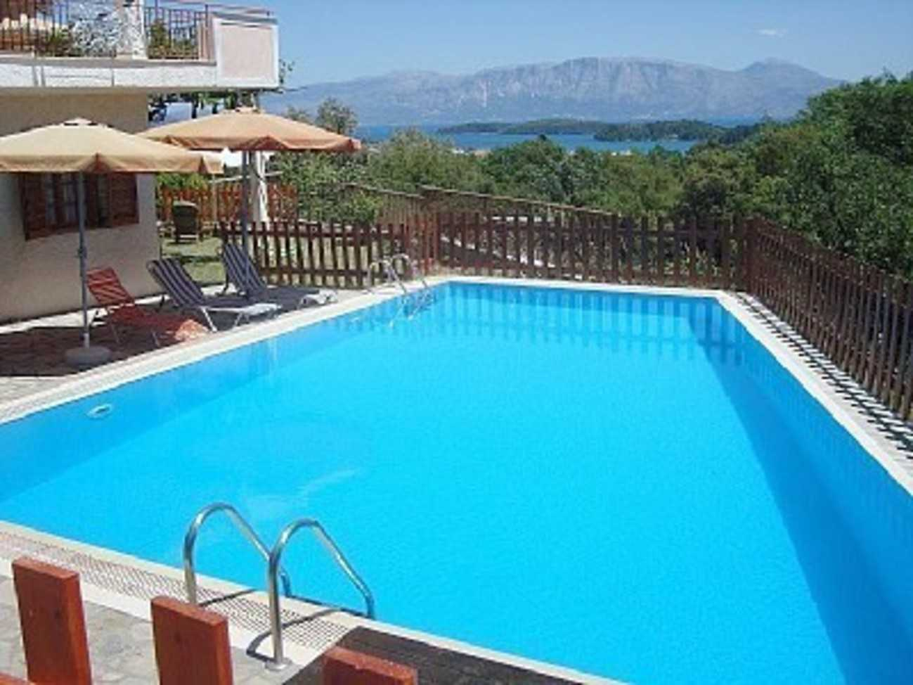 Villa s groundfloorapartment with 60 qm private swimming pool around for California private swimming pool code